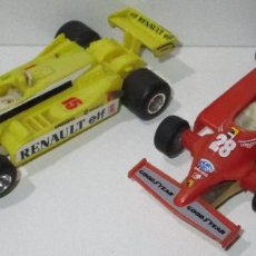 Slot Cars: LOTE 2 ANTIGUOS COCHES DE SLOT, RENAULT Y FERRARI, POLISTIL, MADE IN ITALY. Lote 191716068