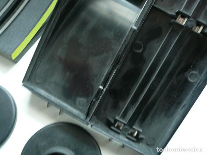 Slot Cars: CIRCUITO DE CARRERAS ARTIN. SIN CAJA. FUNCIONA. 71 PIEZAS - Foto 12 - 193035732