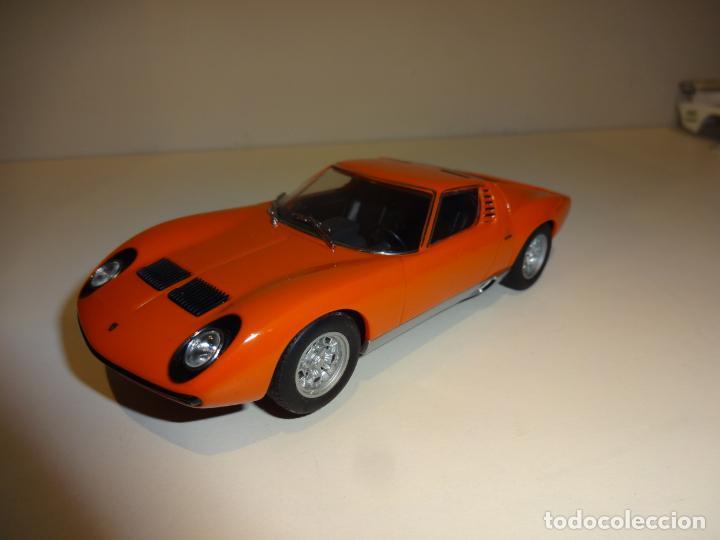 Auto art. Lamborghini Miura naranja segunda mano