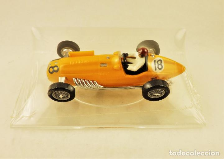 Slot Cars: Slot Cartrix Talbot Lago nº 18 Johnny Claes + Peana expositora - Foto 2 - 198221518