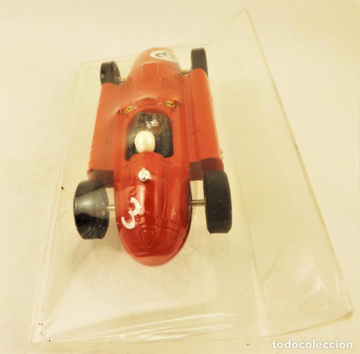 Slot Cars: Slot Cartrix Lancia Ferrari D50 Ed Especial Highway to Elx III + Peana expositora - Foto 4 - 198229842