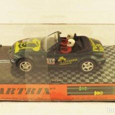 Slot Cars: SLOT CARTRIX BMW Z3 PANAMA JACK TOUR DE FRANCE CAJA TRANSPARENTE. Lote 198234933