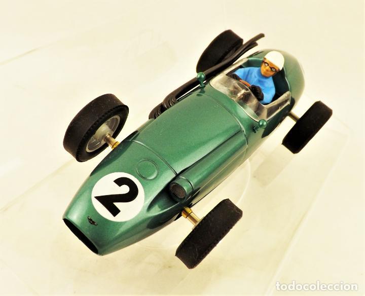 Slot Cars: Cartrix Grand Prix Legends. Aston Martin DBR4 Roy Salvadori 1959 - Foto 2 - 198317396
