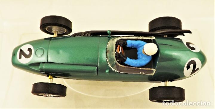 Slot Cars: Cartrix Grand Prix Legends. Aston Martin DBR4 Roy Salvadori 1959 - Foto 4 - 198317396