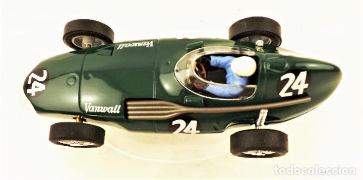 Slot Cars: Cartrix Grand Prix Legends. Vanwall Hawthorn/Schell 1956 - Foto 4 - 198340638