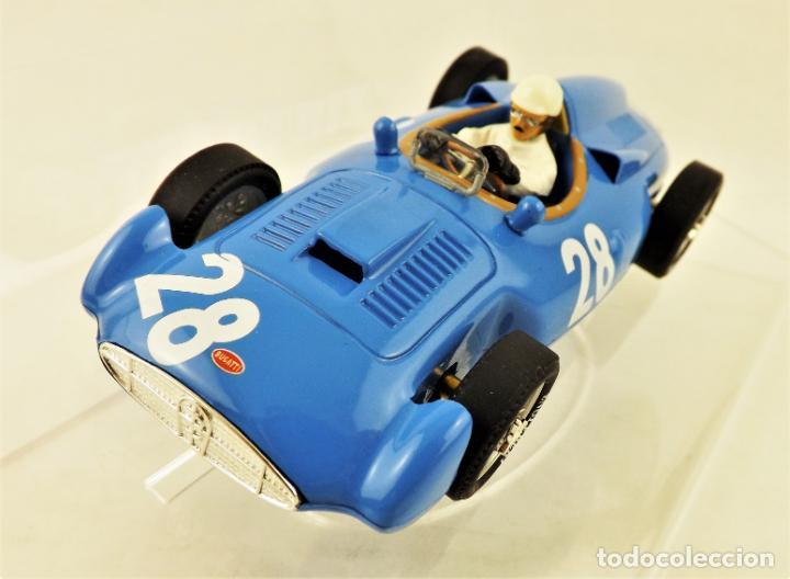 Slot Cars: Cartrix Grand Prix Legends Bugatti T251 Maurice Tritignan 1956 - Foto 2 - 198341591