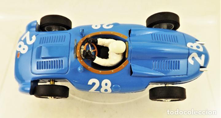 Slot Cars: Cartrix Grand Prix Legends Bugatti T251 Maurice Tritignan 1956 - Foto 5 - 198341591