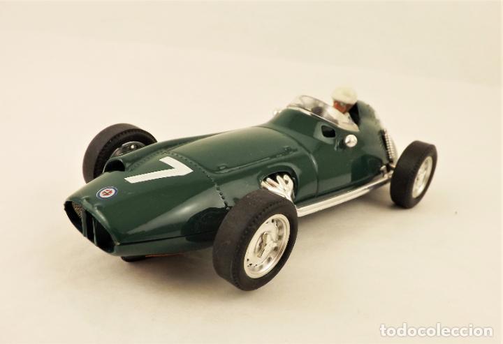 Slot Cars: Cartrix Grand Prix Legends BRM P25 - Foto 2 - 210838476