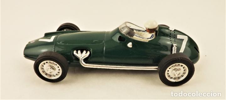Slot Cars: Cartrix Grand Prix Legends BRM P25 - Foto 3 - 210838476