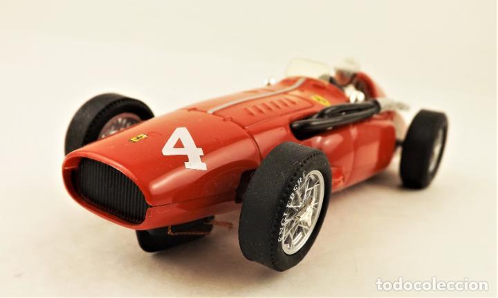 Slot Cars: Cartrix Grand Prix Legends Ferrari 555 superesqualo E. Castelloti - Foto 2 - 210840089