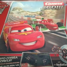 Slot Cars: CARRERA GO CARS RACE O RAMA DE DISNEY COCHES SLOT CAR SET ESCALA 1: 43 REF 62252. Lote 212181245