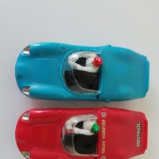 Slot Cars: 2 FERRARI SP 246 Y DOS CONTROLES MARCA SPEEDKING. Lote 213900071