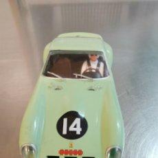 Slot Cars: COCHE SCALEXTRIC DE HORNBY FERRARI 250 GTO Nº14 VERDE. Lote 215747737