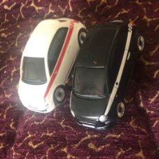 Slot Cars: PAREJA DE COCHES CARRERA FIAT 600 . VER FOTOS. Lote 217620756