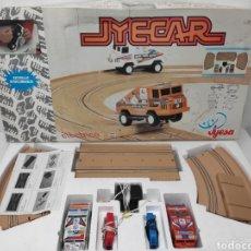 Slot Cars: CIRCUITO TIPO SCALEXTRIC JYECAR.CAMIONES PEGASO PARÍS DAKAR.AÑOS 70.. Lote 217670531