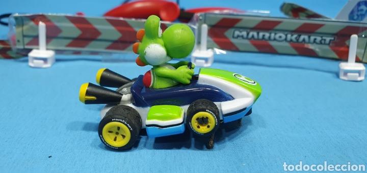 Slot Cars: COCHES SUPER MARIO Y YOSHI- CARRERA - NINTENDO CON DOS MANDOS Y SEÑALIZACIÓN - Foto 3 - 219972821