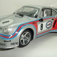 Slot Cars: PORSCHE 911 MARTINI LE MANS CARRERA EVOLUTION SLOT. Lote 222624323