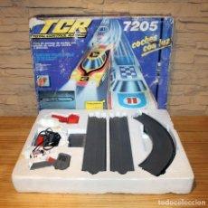 Slot Cars: ANTIGUO CIRCUITO TCR 7205 + 1 COCHE AMBULANCIA - MODEL IBER - EN SU CAJA ORIGINAL. Lote 227786245
