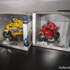 Slot Cars: SUPERSLOT MOTO GP - HONDA H6001 MAX BIAGGI + DUCATI H6008 LORIS CAPIROSSI. Lote 243882135