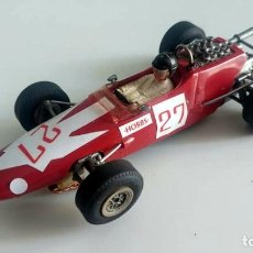 "Slot Cars: SCALEXTRIC F1 STABOCAR LOLA BMW 1600 T100 GP ALEMANIA 1967 D.HOBBS ""HOBBSCAP"" EN CARS 2. Lote 245585930"