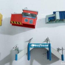 Slot Cars: LOTE DECORACION MICROMACHINE - PARA PISTAS Y MALETINES. Lote 251207025