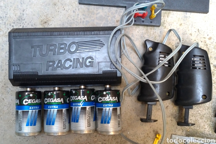 Slot Cars: Circuito Turbo Racing no Scalextric - Foto 2 - 253255665