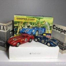 Slot Cars: CAJA MAQUETAS MONOGRAM CON COCHES COOPER FORD Y FERRARI 250 GTO. Lote 257678905