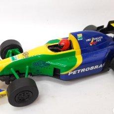 Slot Cars: F1 PETROBAS SLOT 1:32 HORNBY. Lote 269138018