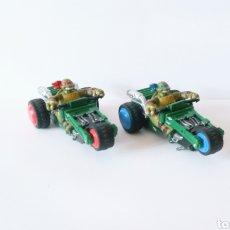 Slot Cars: 2 TRICICLOS DE LAS TORTUGAS NINJA - CARRERA GO !!! - PARA PISTAS ELÉCTRICAS. Lote 277667833