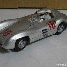 Slot Cars: F1 MERCEDES W196 STREAMLINER FANGIO WORLD CHAMPION PROTO SLOT KIT/SCALEXTRIC. Lote 278759093