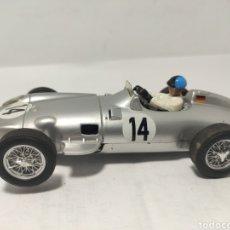 Slot Cars: CARTRIX MERCEDES W-196 KARL KLING 1955. Lote 281870538