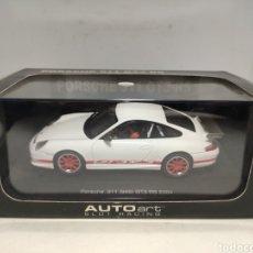 Slot Cars: AUTOART PORSCHE 911 GT3 RS 2004 WHITE SLOT CAR REF. 13077. Lote 295723398