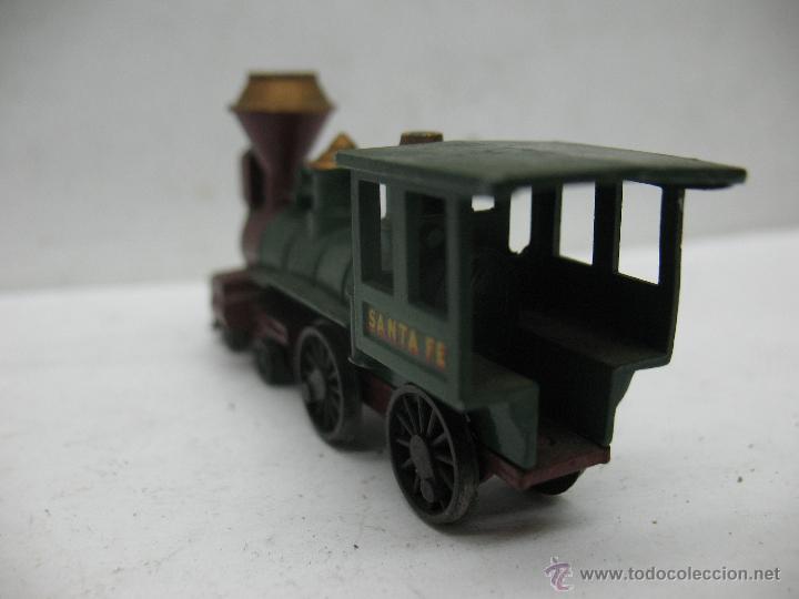 Slot Cars: Matchbox Lesney Ref: 13 - Antigua locomotora de vapor SANTA FE fabricado en England ERF - Foto 5 - 50491439