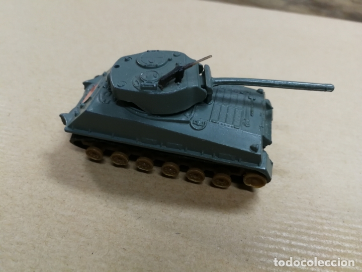 Slot Cars: TANQUE CARRO DE COMBATE W. T. 310 M4A3E8 SHERMAN (TANQUE MILITAR) MADE IN HONG KONG METALICO - Foto 2 - 168077984