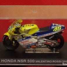 Slot Cars: MOTO HONDA NSR 500 Nº 46 VALENTINO ROSSI 2001 NUEVA EN SU ESTUCHE. Lote 172416363