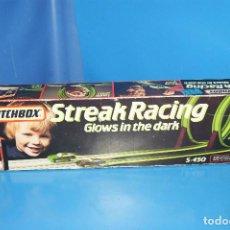 Slot Cars: JUGUETE VINTAGE MATCHBOX STREAK RACING-GLOWS IN THE DARK MATCHBOX. Lote 230116190