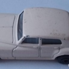 Slot Cars: MATCHBOX - COCHE METÁLICO - ROLLS ROYCE SILVER CLOUD - ESCALA 1:69 - 1985 - MADE IN MACAU. Lote 235984395
