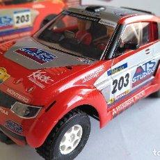 Slot Cars: NINCO RAID SALVAT MITSUBISHI PAJERO MONTERO. 4X4 CON GUIA BASCULANTE. Lote 116217159