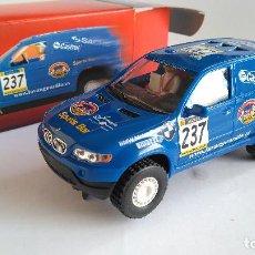 Slot Cars: NINCO RAID SALVATBMW X5. 4X4 CON GUIA BASCULANTE. Lote 116217219