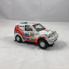 Slot Cars: BONITO COCHE 4X4 DAKAR, NINCO, MADE IN SPAIN, MITSUBISHI. RALLY. Lote 118811135