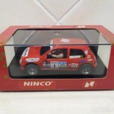 Slot Cars: SLOT NINCO RENAULT CLIO 16V XXV COPA NACIONAL 1993. Lote 118875371