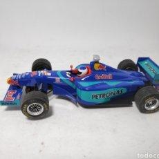 Slot Cars: NINCO SAUBER PETRONAS F1. Lote 143774134