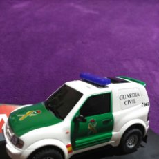 Slot Cars: PAJERO GUARDIA CIVIL DE NINCO RF.50519 CON LUCES Y SIRENA. Lote 195122602