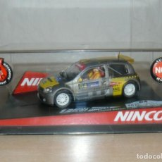 Slot Cars: SCALEXTRIC NINCO 12 RALLY SLOT 04 RENAULT CLIO CATALUNYA - C.BRAVA 2004 MOVISTAR COCHE CAR. Lote 198327751