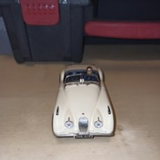 Slot Cars: NINCO,ELJAGUAR XK120 COLOR MARFIL CON LA REF. 50159,. Lote 200293145