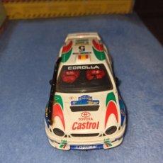 Slot Cars: TOYOTA COROLLA DECORACION CASTROL Y PILOTADO POR CARLOS SAINZ DE NINCO. Lote 202916073