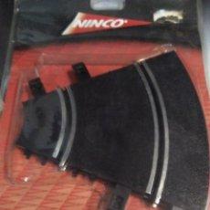 Slot Cars: BLISTER NINCO CON 2 TRAMO PISTA SLOT CURVA INTERIOR R1 REF. 10106 - 2 UNIDADES. Lote 205827455