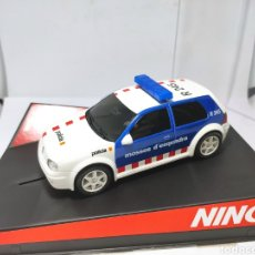 Slot Cars: NINCO VW GOLF POLICÍA MOSSOS D'ESQUADRA REF. 50320. Lote 206283571