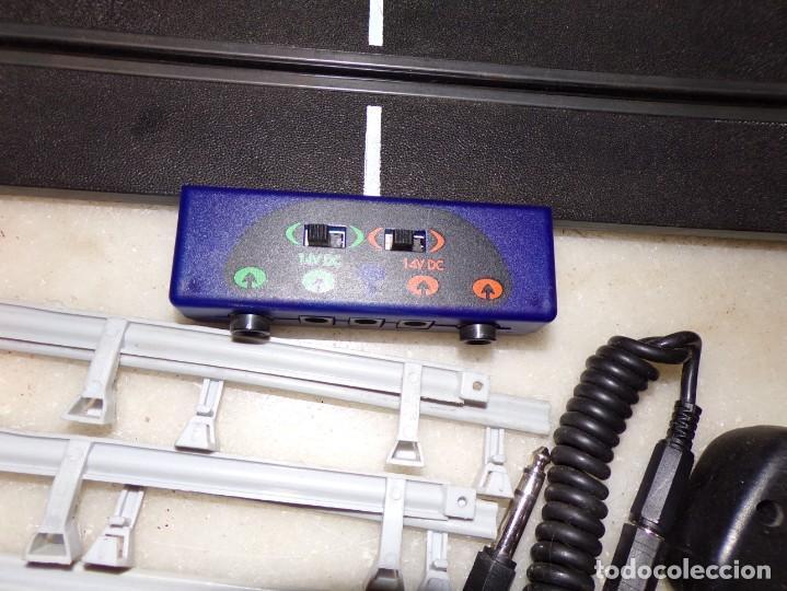 Slot Cars: Ninco lote de 38 Pistas, y 6 Vallas, 2 mandos - Foto 6 - 214653060