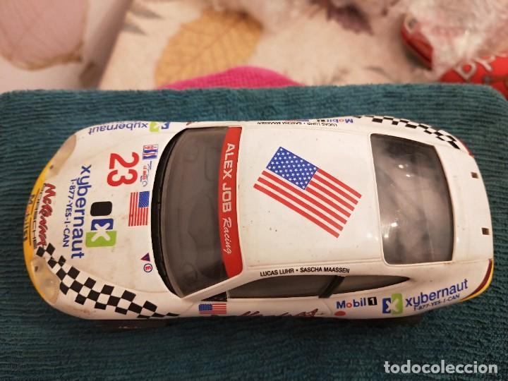 Slot Cars: Porsche 911 GT3 R Alex Job 2003 ref. 50304 nº23 - Foto 3 - 229586260